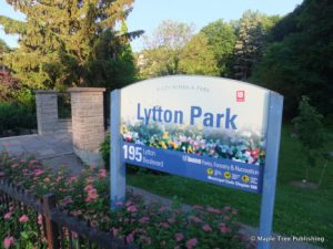 This Serene Park Includes Three Public Tennis Courts And Is Also Home To The North Toronto Lawn Bowling Club Across From Lytton Herbert Begg
