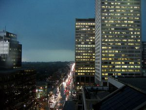 800px-Yonge_and_Eglinton_(rain)