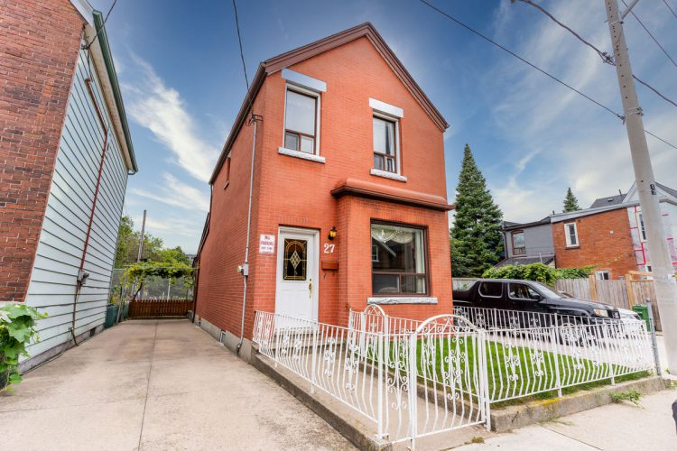 27 Hickson St, Little Portugal, Toronto