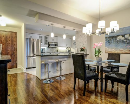 12 Old Mill Trail, 509, Toronto
