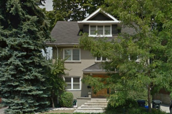 Sold Price Statistics For Toronto Moore Park House Sales: April 15 – May 15